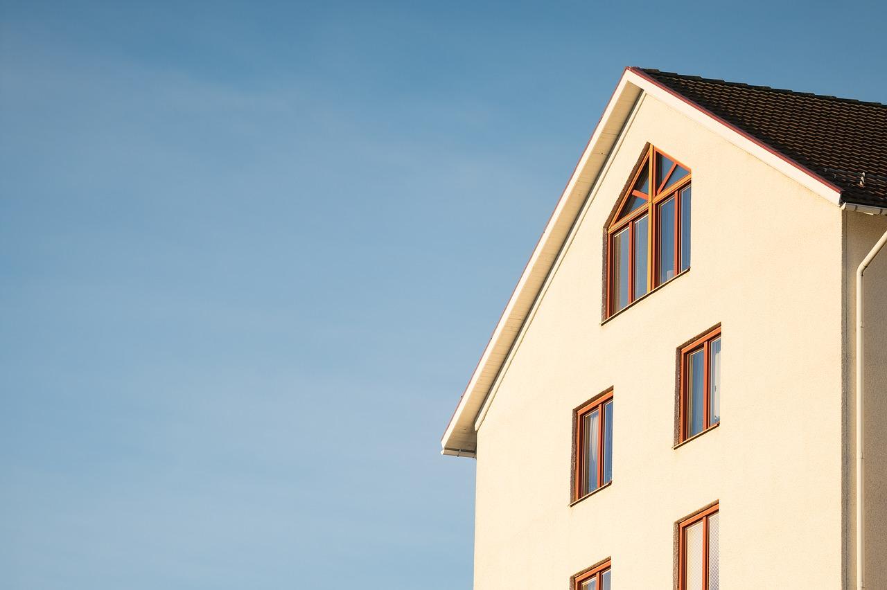Dach jętkowy – solidna konstrukcja na długie lata
